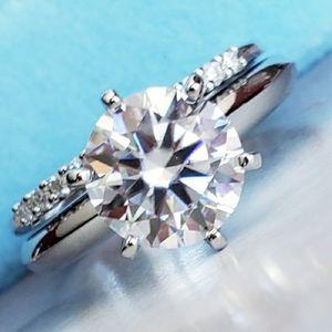 2PC Moissanite Diamond Ring sz7